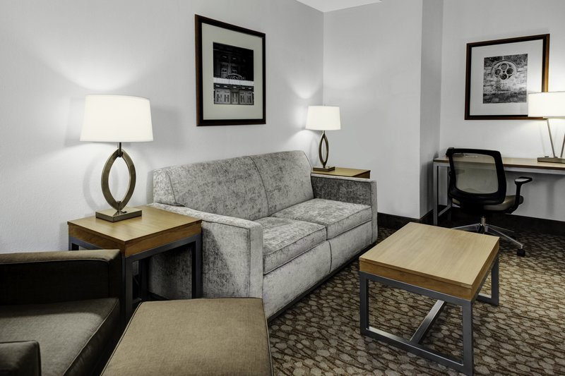 Holiday Inn Savannah Historic District-Our suites feature all the comforts guests expect and more<br/>Image from Leonardo