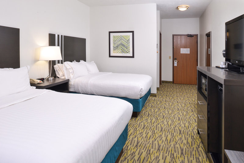 Holiday Inn Express & Suites Omaha West-Two Queen Bed Standard just minutes away from Elkhorn<br/>Image from Leonardo