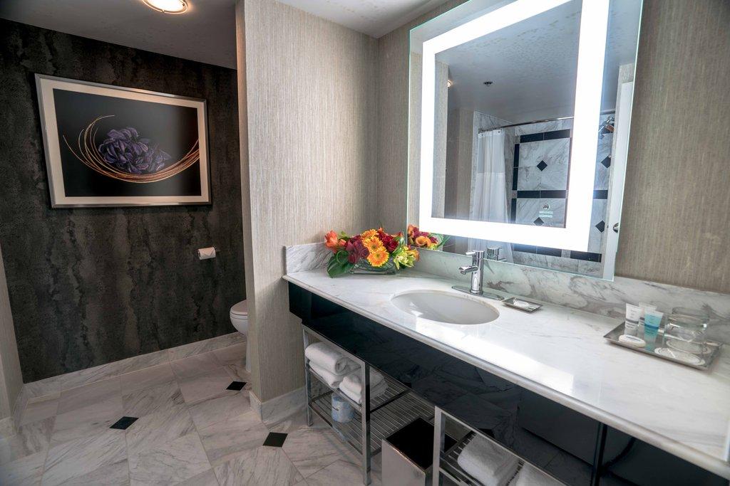 MGM Grand Hotel & Casino - Staywell Grand Queen Bathroom <br/>Image from Leonardo