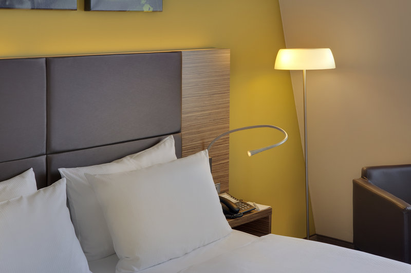 Holiday Inn Leipzig - Gunthersdorf-A choice of pillows offered in every guest room at Holiday Inn.<br/>Image from Leonardo