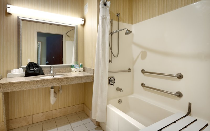 Holiday Inn Express & suites American Fork - North Provo-Transfer shower at the Holiday Inn Express American Fork.<br/>Image from Leonardo