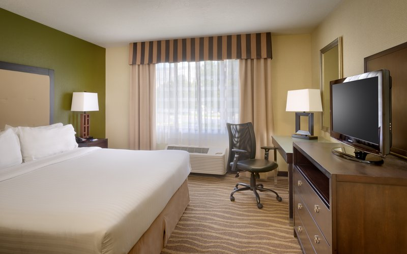 Holiday Inn Express & suites American Fork - North Provo-Spread out in a king suite with a mountain view in American Fork.<br/>Image from Leonardo