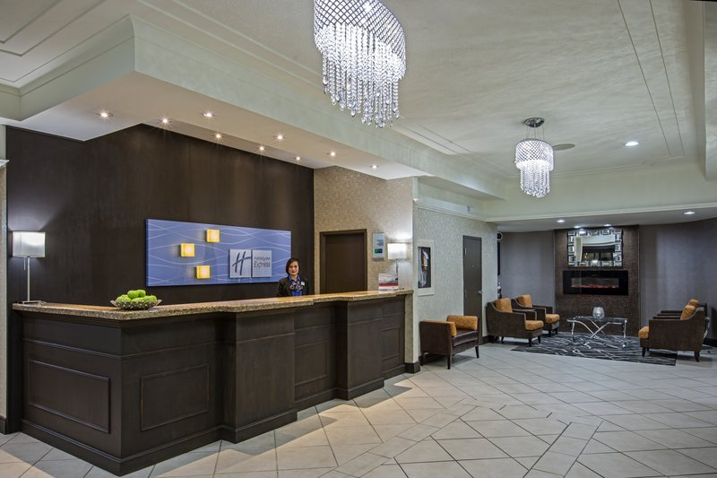 Holiday Inn Express & Suites Regina-Front Desk<br/>Image from Leonardo