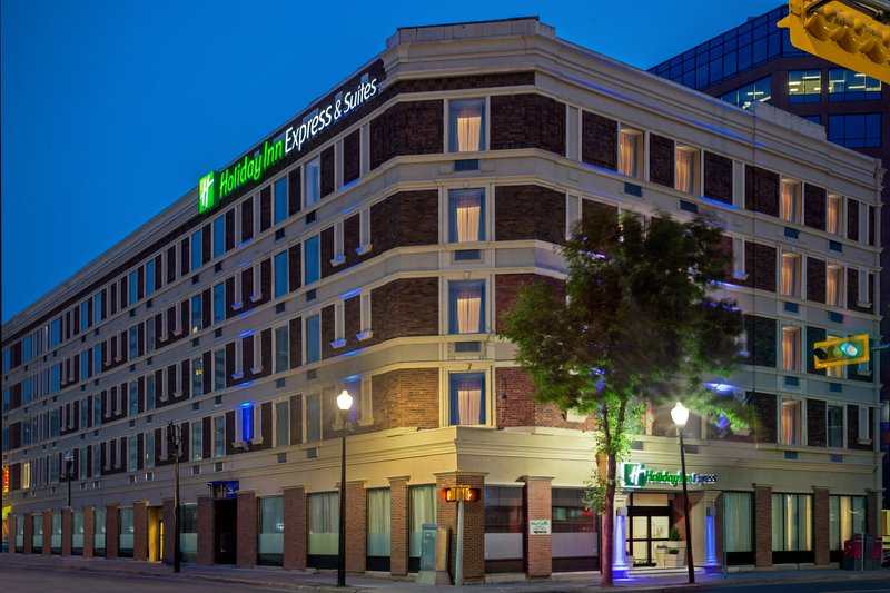 Holiday Inn Express & Suites Regina-Hotel Exterior<br/>Image from Leonardo