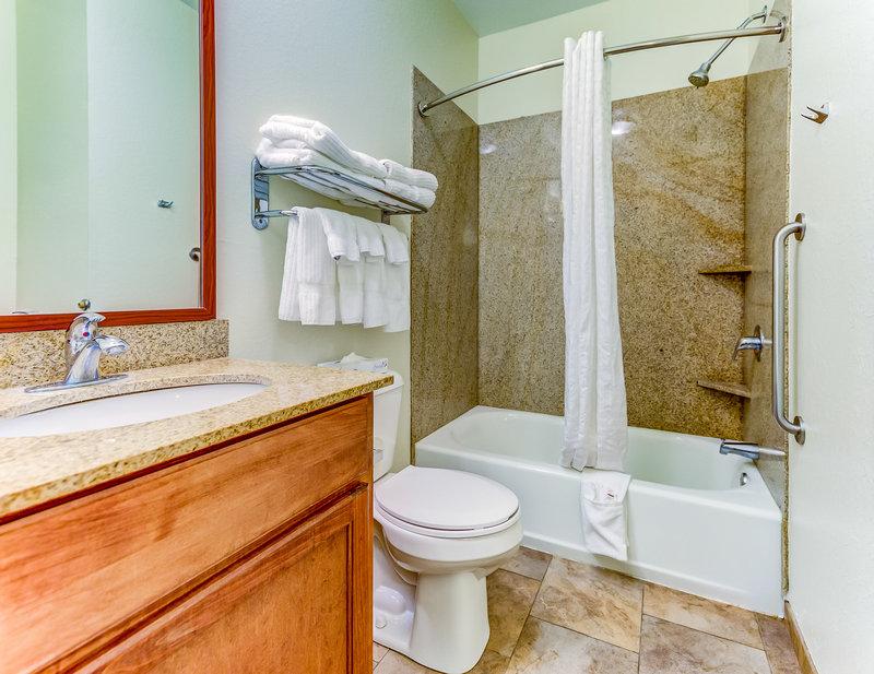 Candlewood Suites Vicksburg-Guest Room<br/>Image from Leonardo