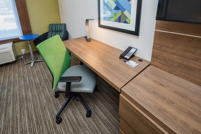Holiday Inn Express & Suites Modesto-Salida-Work Desk<br/>Image from Leonardo