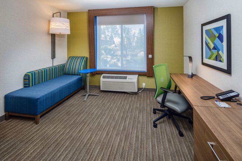Holiday Inn Express & Suites Modesto-Salida-Sitting Area in 1 King Bed Standard<br/>Image from Leonardo