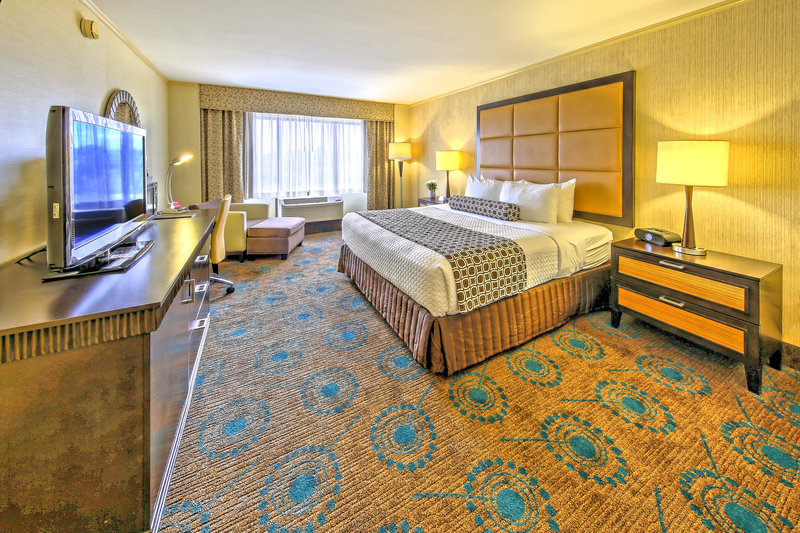 Crowne Plaza Wilmington North-King Bed<br/>Image from Leonardo