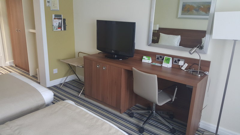 Holiday Inn Derby - Nottingham M1, Jct.25-Twin room<br/>Image from Leonardo