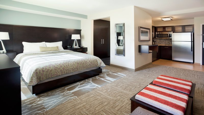 Staybridge Suites Lexington-Staybridge Suites Lexington, Kentucky Studio Queen Bed Suite<br/>Image from Leonardo