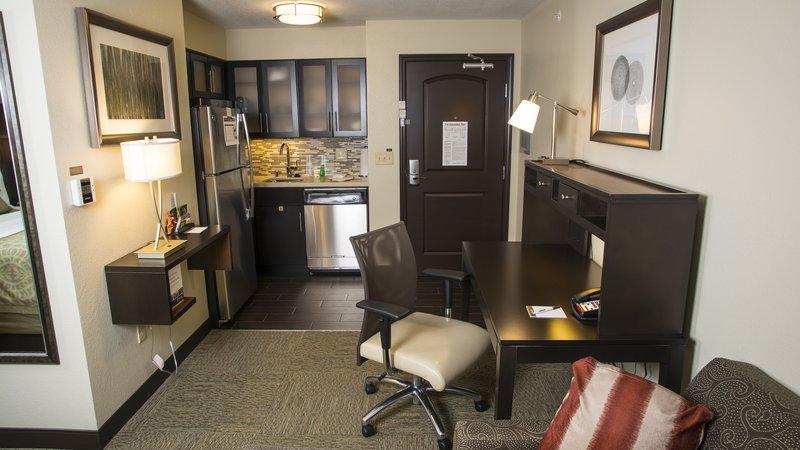 Staybridge Suites Lexington-Staybridge Suites Lexington, KY Studio 1 Queen Bed Accessible<br/>Image from Leonardo