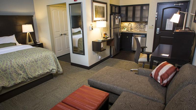 Staybridge Suites Lexington-Staybridge Suites Lexington KY Studio Room<br/>Image from Leonardo