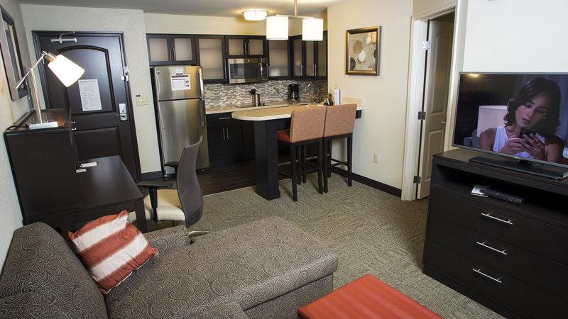 Staybridge Suites Lexington-Staybridge Suites Lexington, KY One bedroom 1 King Bed<br/>Image from Leonardo