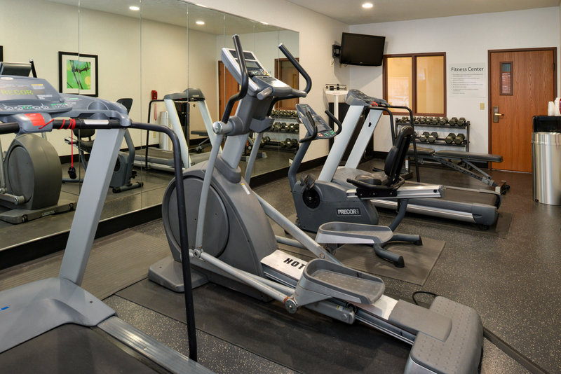 Holiday Inn Express & Suites Omaha West-Fitness Center just 15 miles from Omaha's Henry Doorly Zoo<br/>Image from Leonardo