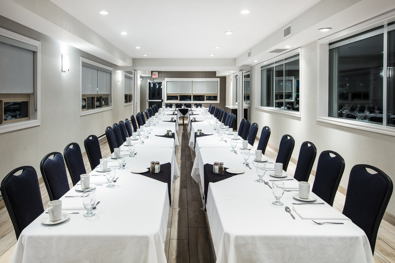 Holiday Inn Hotel & Suites Grande Prairie-Conference Ctr-Meeting Room <br/>Image from Leonardo