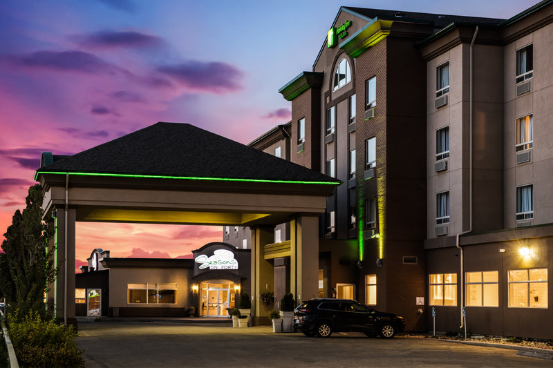 Holiday Inn Hotel & Suites Grande Prairie-Conference Ctr-All Guests Can Enjoy Access To Free Underground Heated Parking<br/>Image from Leonardo