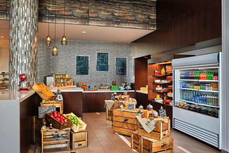 Delta Hotel Calgary Airport In-Terminal-Grab and Go<br/>Image from Leonardo