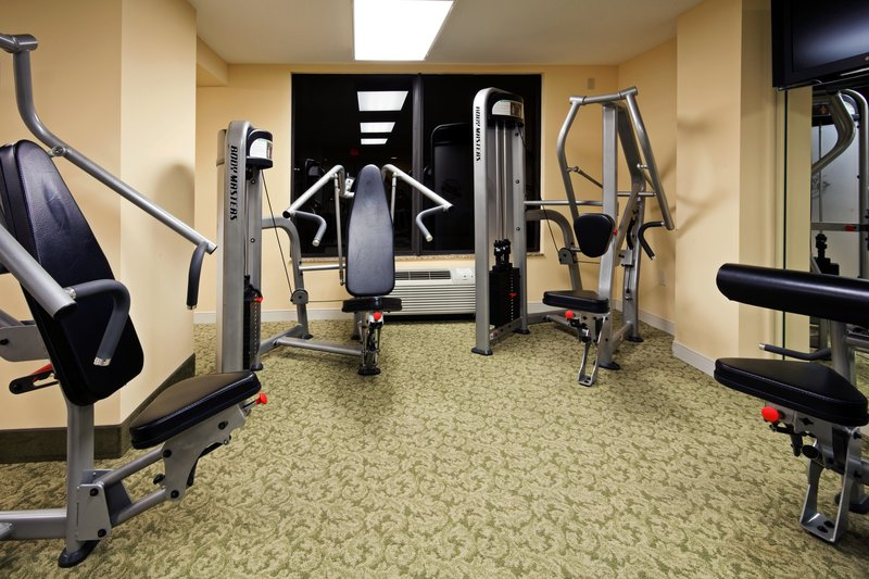 HOLIDAY INN HOTEL AND SUITES CLEARWATER BEACH-Fitness Center<br/>Image from Leonardo