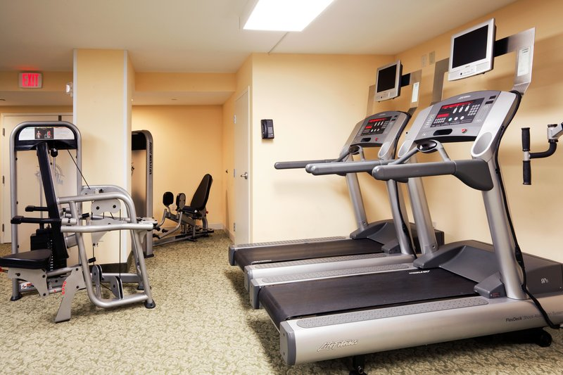 HOLIDAY INN HOTEL AND SUITES CLEARWATER BEACH-24 hour fitness center<br/>Image from Leonardo