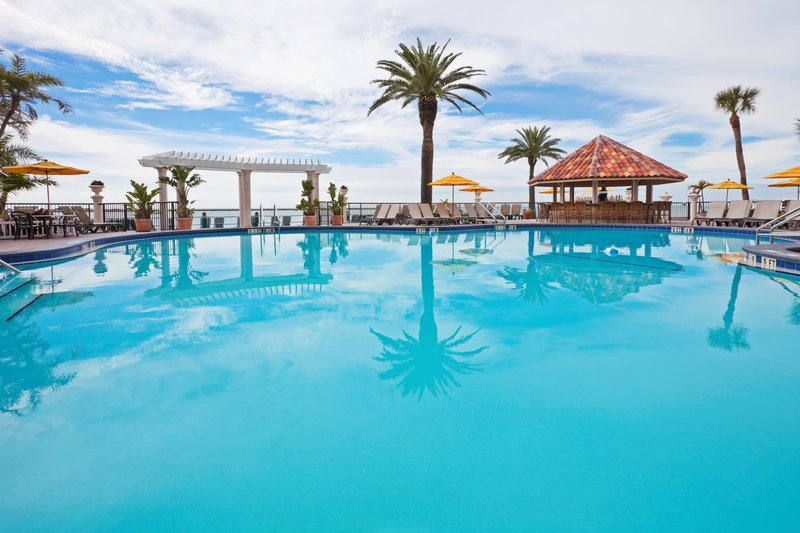HOLIDAY INN HOTEL AND SUITES CLEARWATER BEACH-You will love our oceanside pool<br/>Image from Leonardo