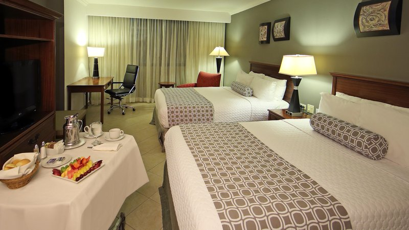 Crowne Plaza Panama-Double Bed Guest Room<br/>Image from Leonardo