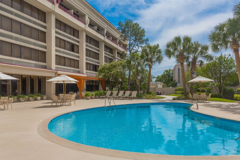 Crowne Plaza Executive Center Baton Rouge-Take a dip in our outdoor swimming pool<br/>Image from Leonardo