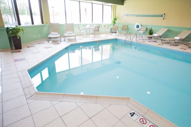 Holiday Inn Dayton/Fairborn I-675-Swimming Pool<br/>Image from Leonardo