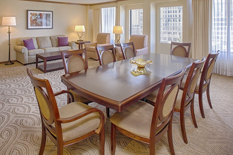 Crowne Plaza Dayton-Enjoy our spacious suite to gather with friends or for some R&R!<br/>Image from Leonardo