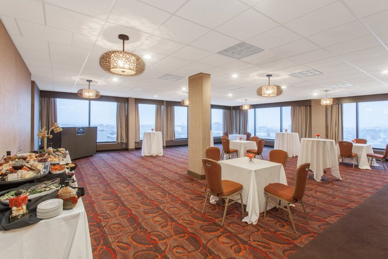 Crowne Plaza Dayton-Reception Area<br/>Image from Leonardo