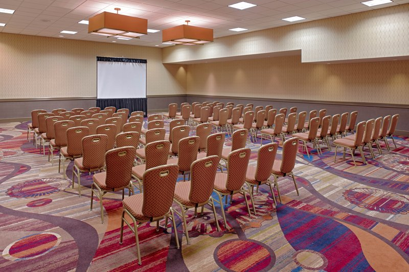 Crowne Plaza Dayton-Perfect room for your next conference or business meeting!<br/>Image from Leonardo