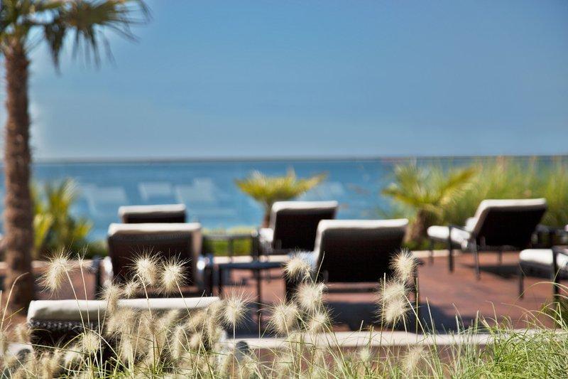 Intercontinental Estoril-Outdoor Swimming Pool View<br/>Image from Leonardo