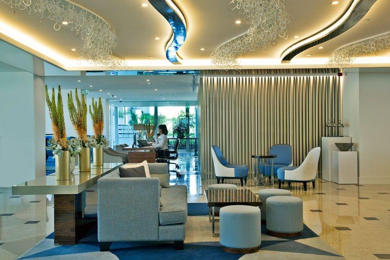 Intercontinental Estoril-Hotel lobby<br/>Image from Leonardo