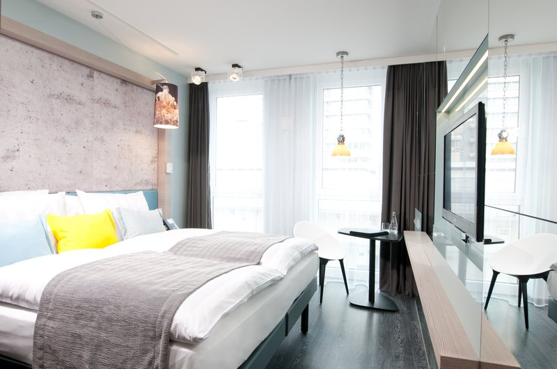 Hotel Indigo Berlin Centre Alexanderplatz-Modern and comfortable double bed guest room<br/>Image from Leonardo