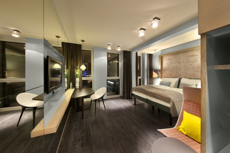 Hotel Indigo Berlin Centre Alexanderplatz-Modern Deluxe Room with a double bed<br/>Image from Leonardo