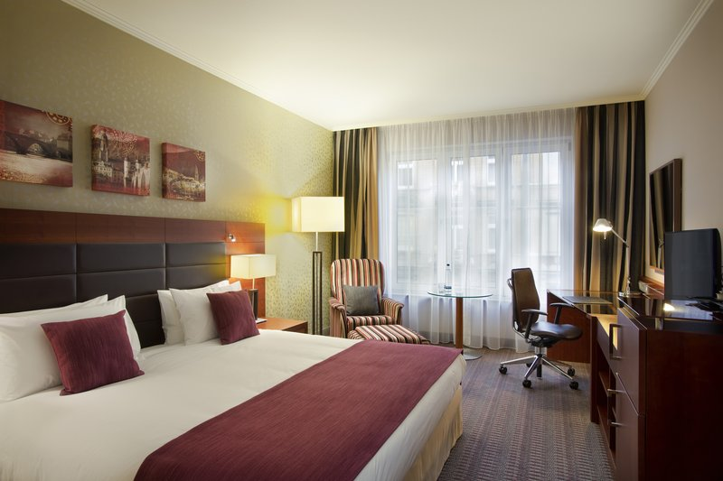 Crowne Plaza Heidelberg City Centre-A spacious, king-size room with a pillow menu and blackout blinds.<br/>Image from Leonardo