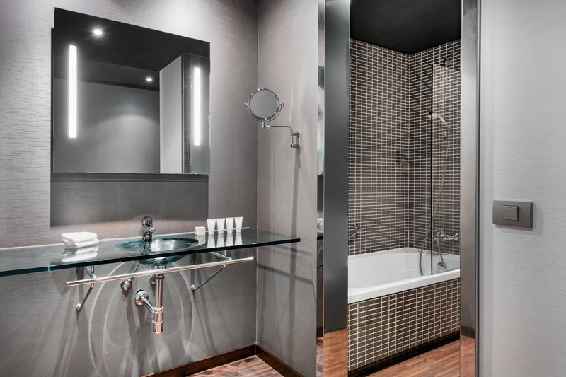 AC Hotel Torino-AC Bathroom with Bathtub<br/>Image from Leonardo