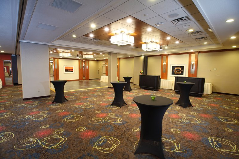 Holiday Inn Hotel & Suites Duluth-Downtown-We offer 13 meeting rooms with 12,000 square feet.<br/>Image from Leonardo