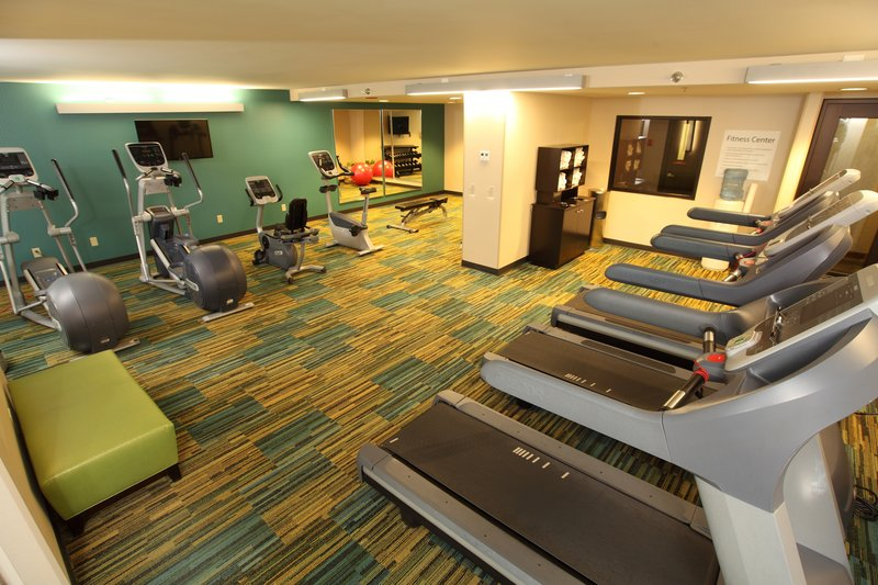Holiday Inn Hotel & Suites Duluth-Downtown-Never miss a work-out in our expanded 24-hour Fitness Center!<br/>Image from Leonardo