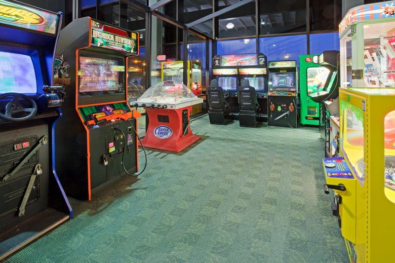 Holiday Inn Hotel & Suites Duluth-Downtown-Our arcade has games from race car driving to air hockey<br/>Image from Leonardo