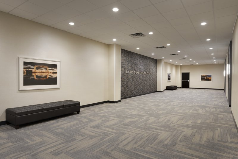Holiday Inn Hotel & Suites Duluth-Downtown-Lyric Conference Center Pre-Function Space <br/>Image from Leonardo