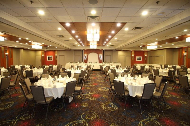 Holiday Inn Hotel & Suites Duluth-Downtown-We are the perfect venue for your wedding reception!<br/>Image from Leonardo