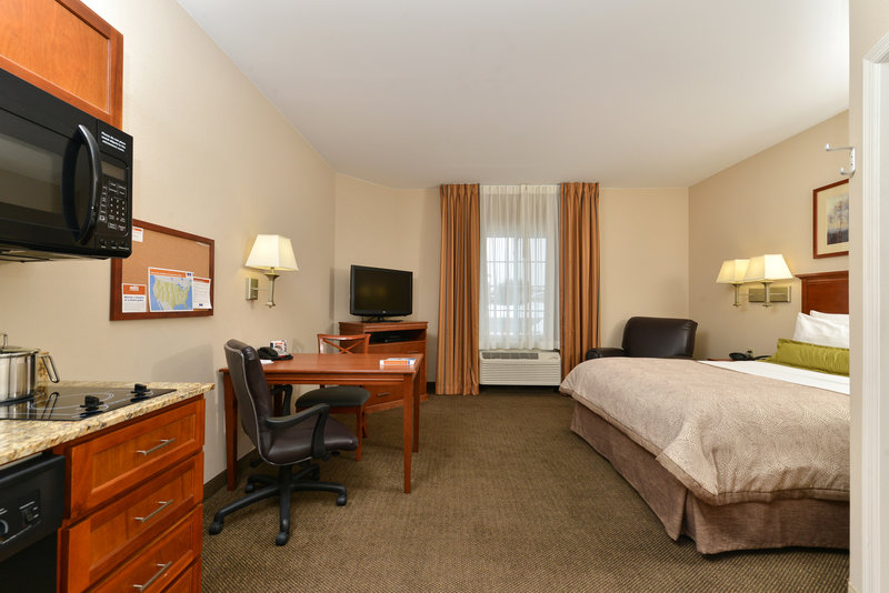 Candlewood Suites Chambersburg-Guest Room<br/>Image from Leonardo