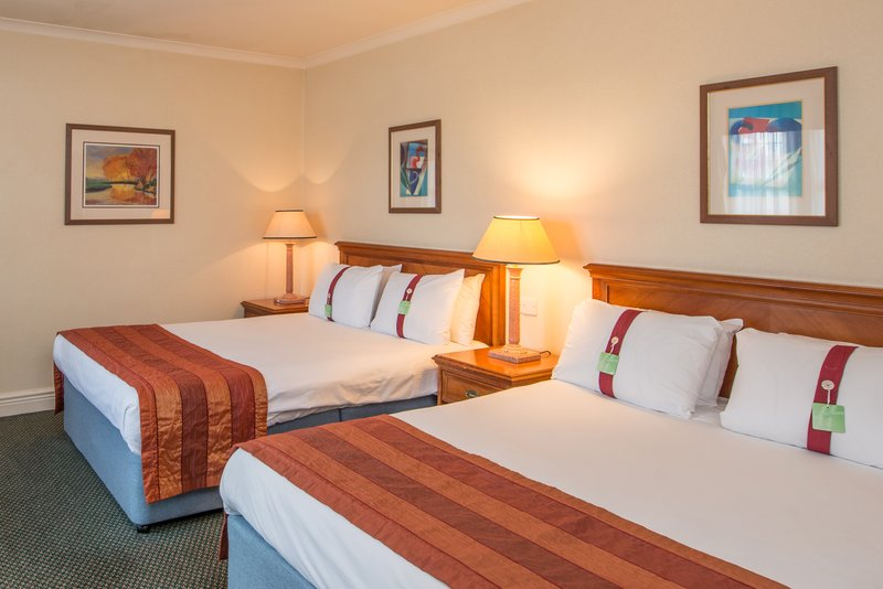 Holiday Inn Leeds - Bradford-Twin Bed Guest Room<br/>Image from Leonardo