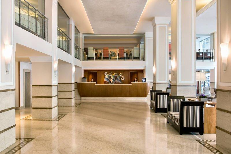 Renaissance Naples Hotel Mediterraneo-Lobby<br/>Image from Leonardo
