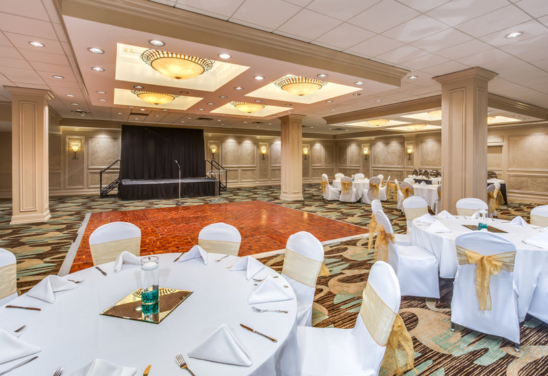 Crowne Plaza Executive Center Baton Rouge-Host your perfect event!<br/>Image from Leonardo