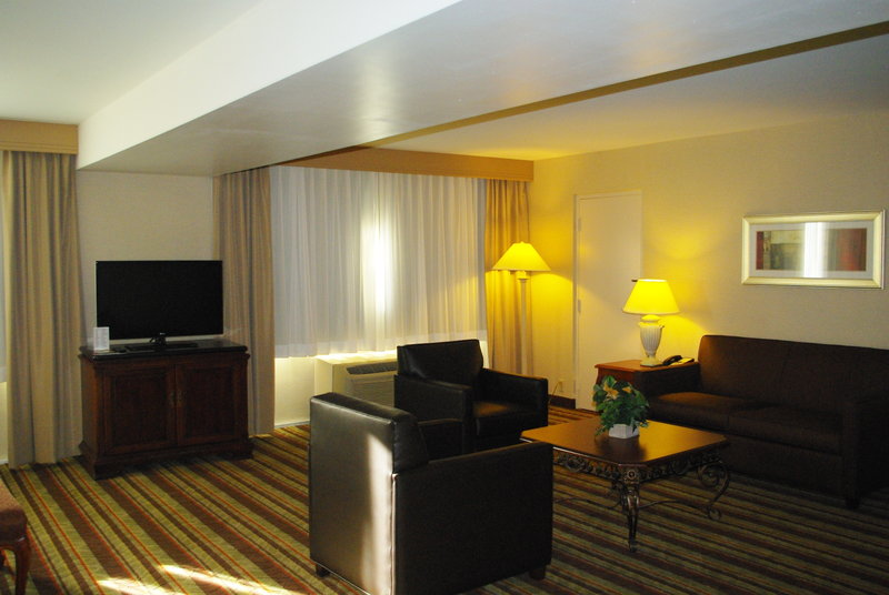 Holiday Inn Buena Park-Near Knott's-Living area in the junior suite - ask about an upgrade today<br/>Image from Leonardo
