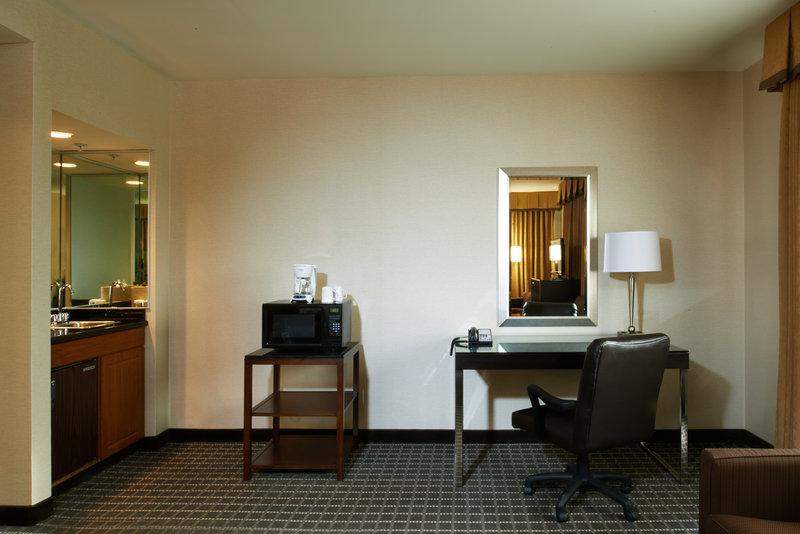 Holiday Inn Buena Park-Near Knott's-Executive Suite amenities: microwave, desk, fridge, extra space<br/>Image from Leonardo