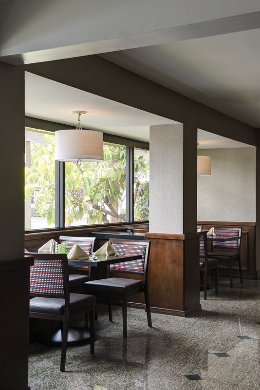 Holiday Inn Buena Park-Near Knott's-Ventanas Restaurant with a variety of food options to please all<br/>Image from Leonardo