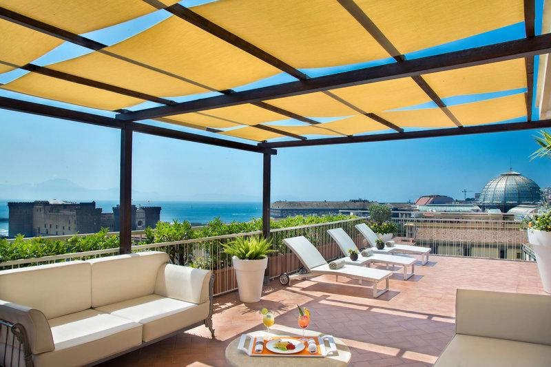 Renaissance Naples Hotel Mediterraneo-Solarium | 10th floor<br/>Image from Leonardo