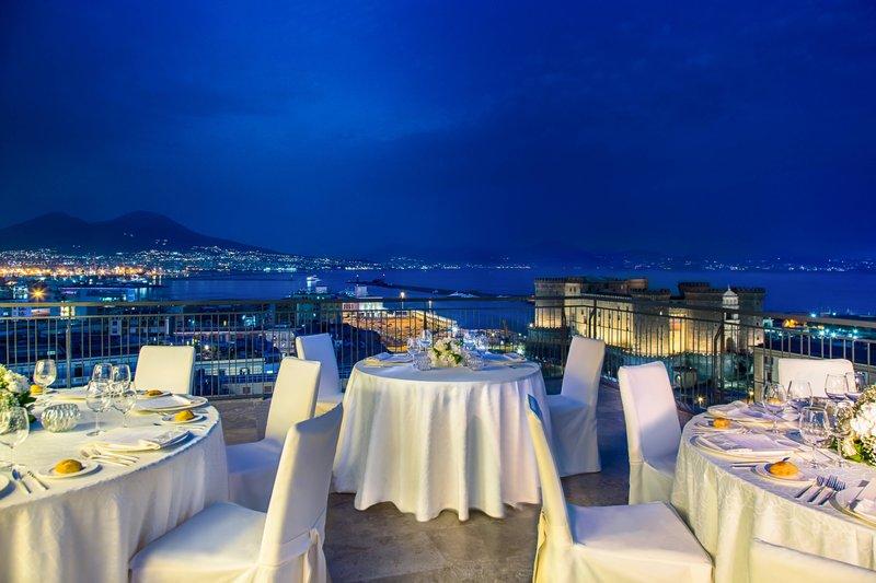 Renaissance Naples Hotel Mediterraneo-Roof Garden and Terrace Angiò - Wedding setup<br/>Image from Leonardo